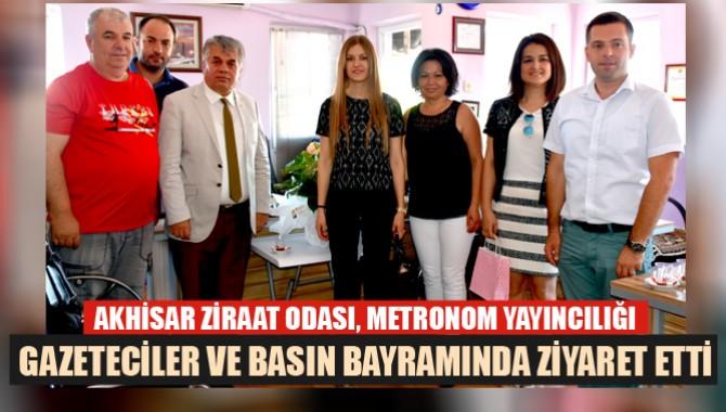 Akhisar Ziraat Odası Gazeteciler ve Basın Bayramında Metronom Yayıncılığı Ziyaret etti