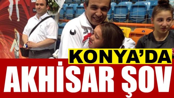 Konya'daki Taekwondo Şöleninde Akhisar Şovu