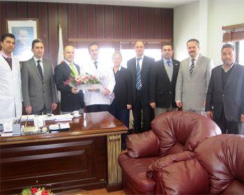 Memur-Sen'den  Akhisar Devlet Hastanesi Başhekimi Op. Dr. Erol Karaca'ya Ziyaret