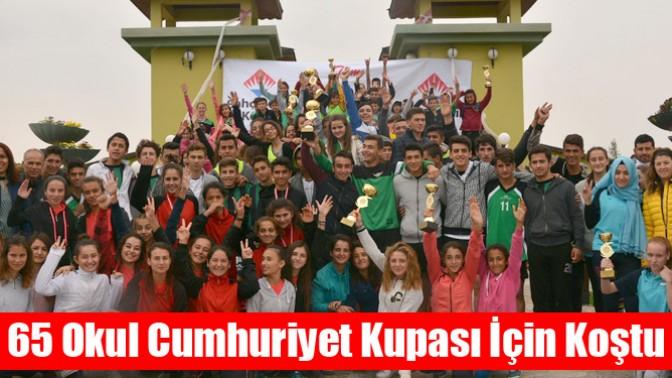 65 Okul Cumhuriyet Kupası İçin Koştu