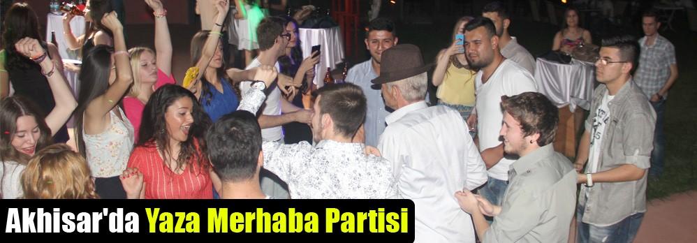 Akhisar'da Yaza Merhaba Partisi