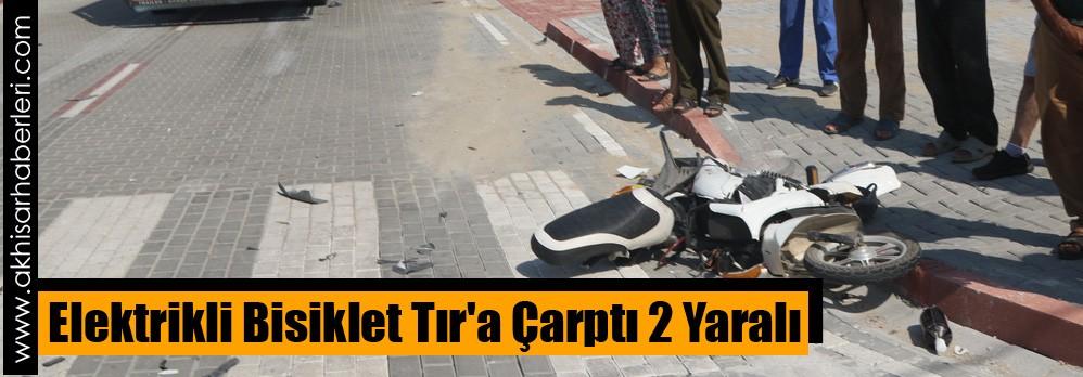 Elektrikli Bisiklet Tır'a Çarptı 2 Yaralı